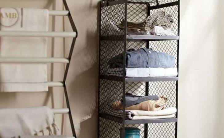 Hanging Shelves Help Maximize Personalize