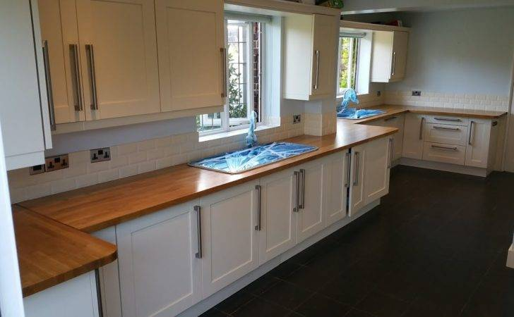 High Gloss Kitchen Worktops Finishing Oak Tops