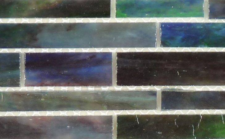 Hirsch Random Bricks Purple Glass Tile