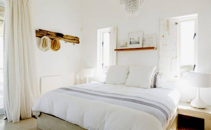 Home Staging Tricks Enlarge Your Small Bedroom