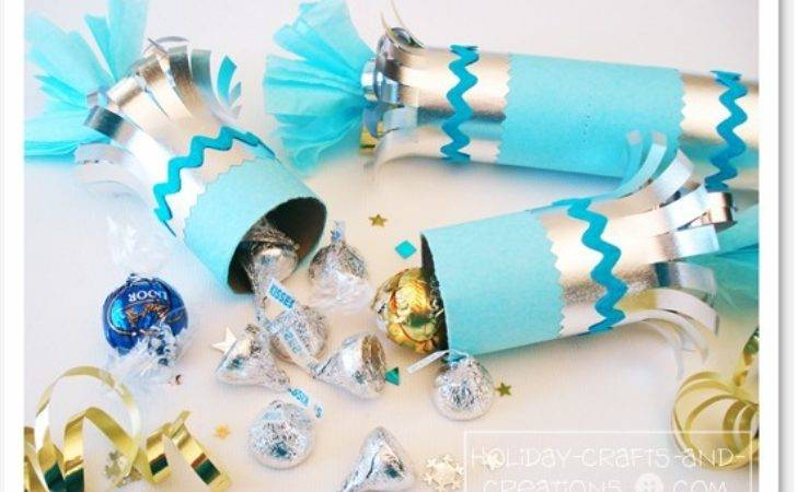 Homemade Party Favors New Year Eve Poppers