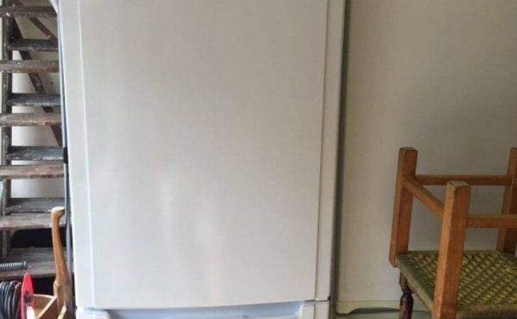 Hotpoint Fridge Freezer Large Capacity White Gloss Frost