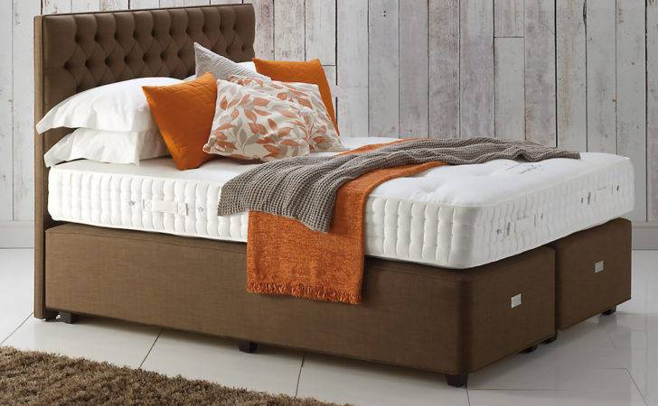 Hypnos Eleanor Button Upholstered Headboard