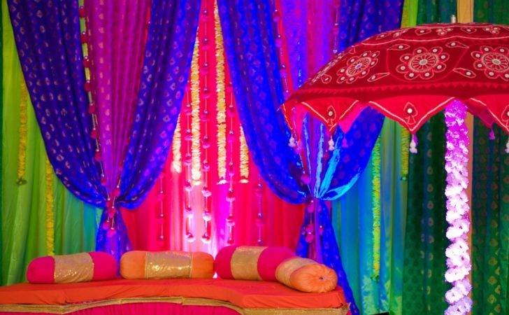 Indian Themed Cor Stand Out Wedding Craftwedblog