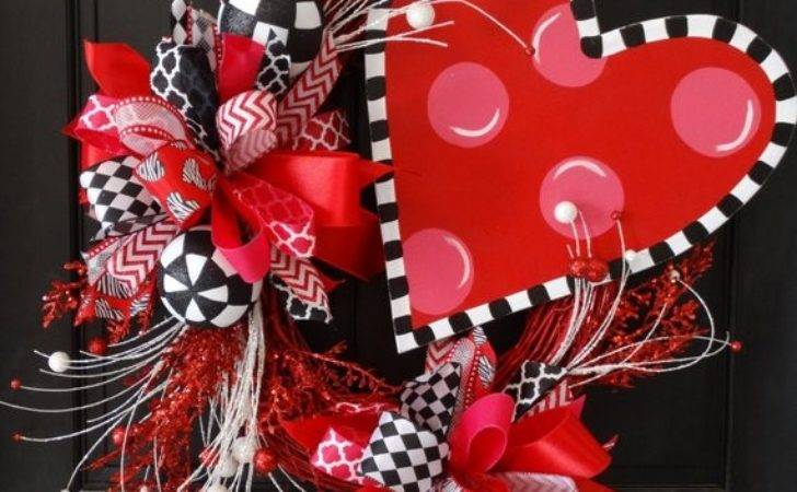 Items Similar Funky Heart Wreath Valentine Day