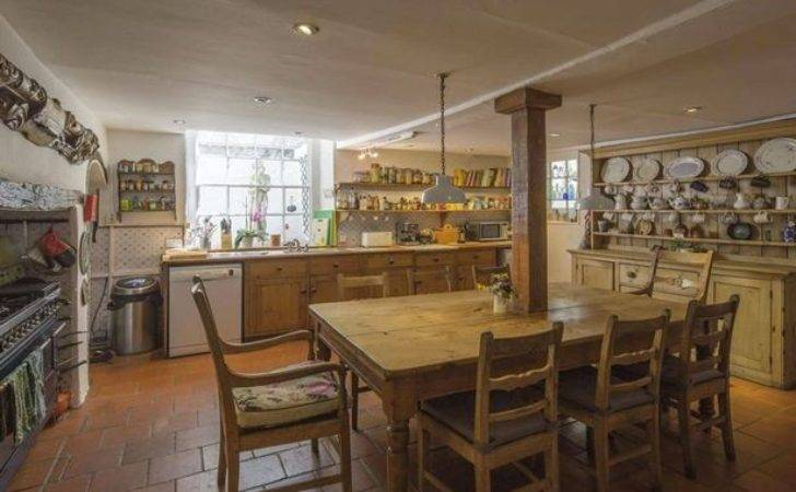 Jamie Oliver Buys Hampstead Mansion Complete
