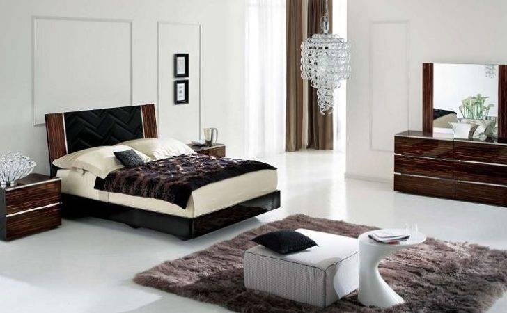 Jaw Dropping Bedrooms Dark Furniture