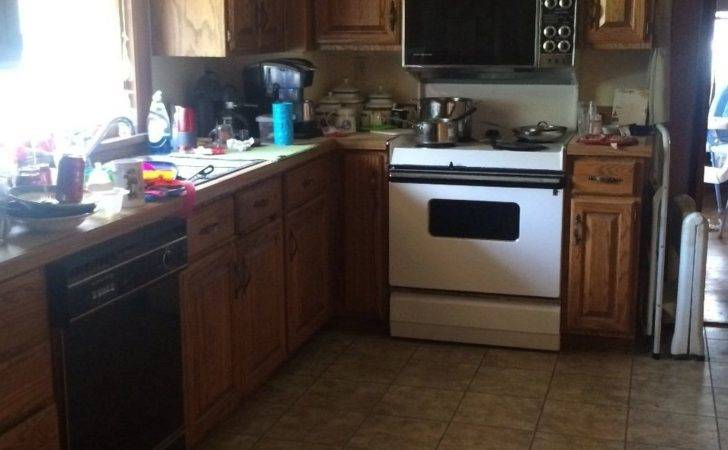 Kitchen Need Your Help Can Give Some Very