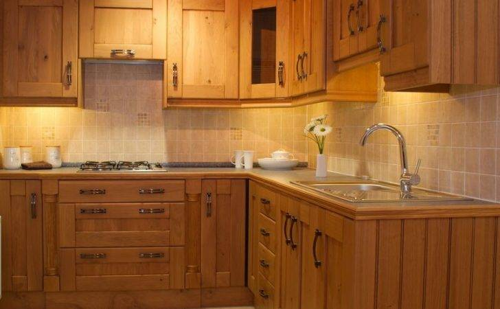Kitchens Traditional Light Wood Kitchen