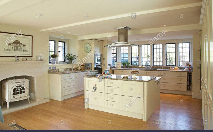 Large Modern Cream Country Kitchen Home