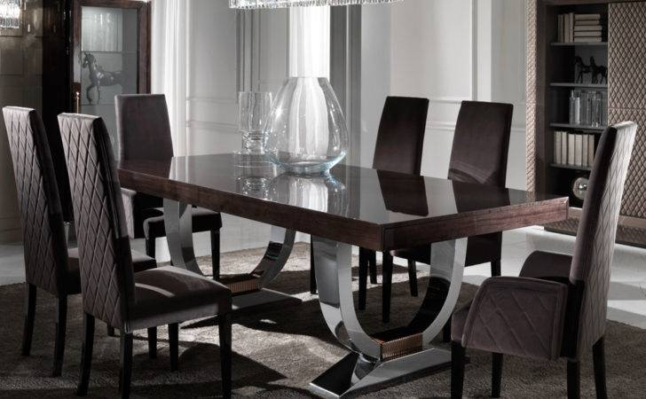 Large Modern Italian Veneered Extendable Dining Table Set