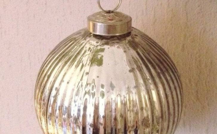 Large Silver Mercury Glass Ribbed Bauble