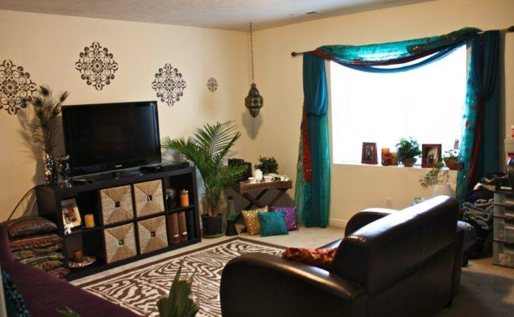 Life Tracy India Inspired Living Room