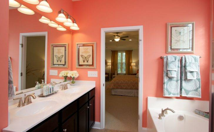 Love Bright Coral Colored Bathroom Would Cute