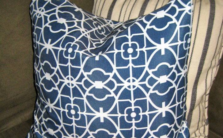 Make Easy Peasy Sew Pillow Envelope Style