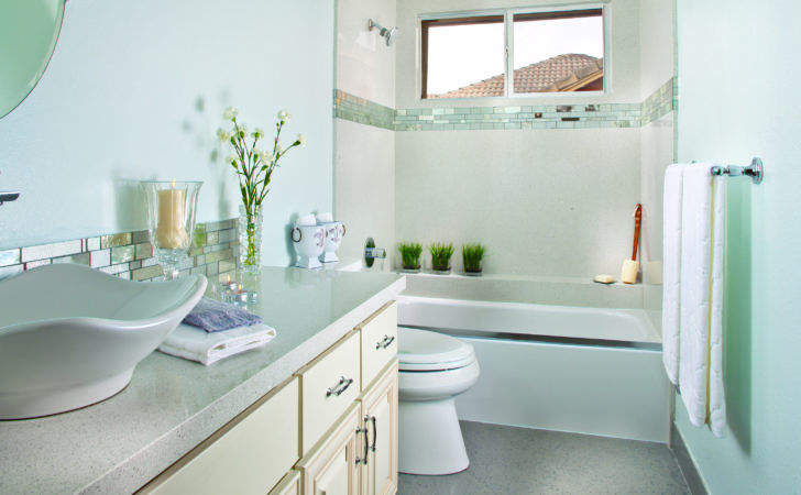 Make Small Bathroom Look Larger