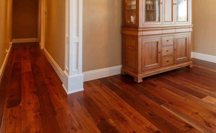 Make Your Home Look Classic Warm Solid Plank