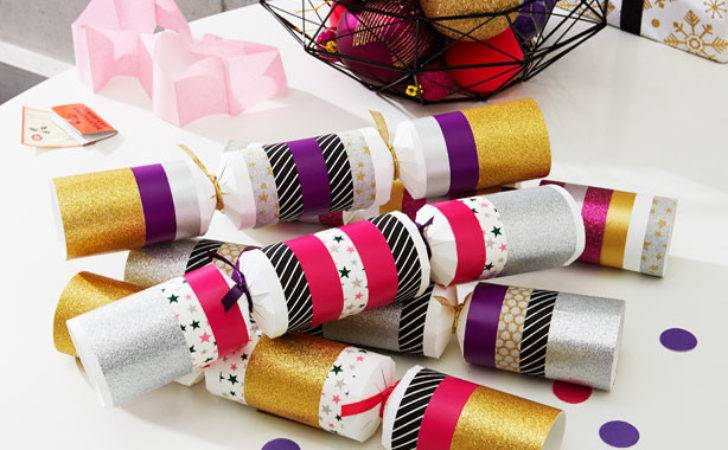 Make Your Own Christmas Crackers Goodtoknow