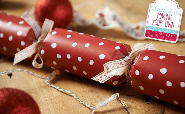 Make Your Own Christmas Crackers Wilkolife