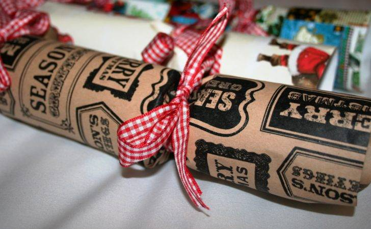 Make Your Own Vintage Christmas Crackers