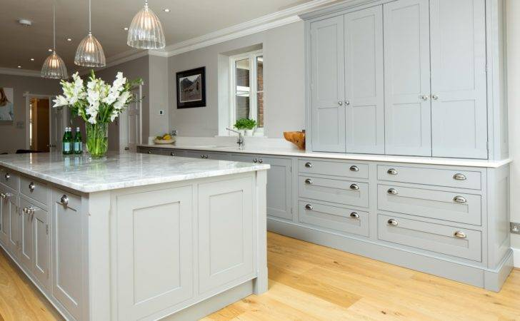 Maple Gray Traditional Grey White Shaker Kitchen