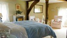 Old Manor House Bed Breakfast