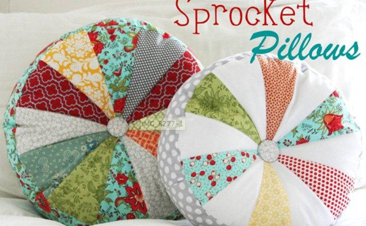 One Making Round Patchwork Pillows