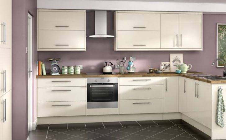 Orlando Cream High Gloss Kitchen Wickes