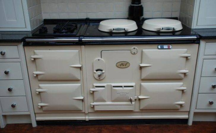 Oven Aga Classic Fully Reconditioned Gas Fired Cream