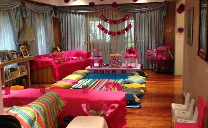 Perfect Slumber Party Little Experiences