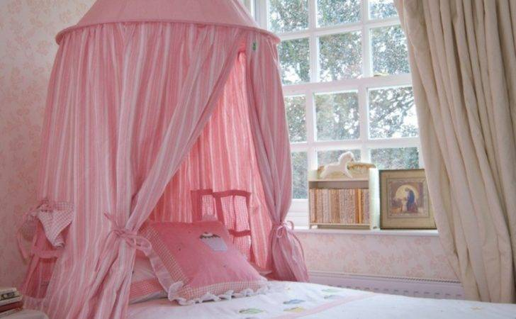 Pink Canopy Bed Small Princess Bedroom Ideas