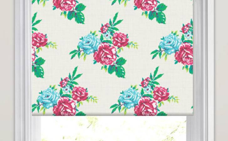 Pink Red Green White Tapestry Rose Patterned Roller Blinds