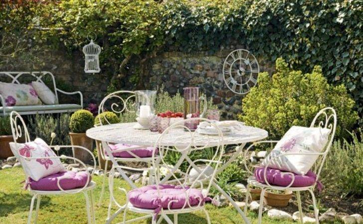 Pretty Country Garden Decorating Wire
