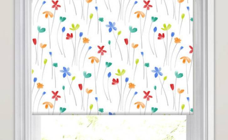 Pretty Flowers Patterned Roller Blinds Lime Red
