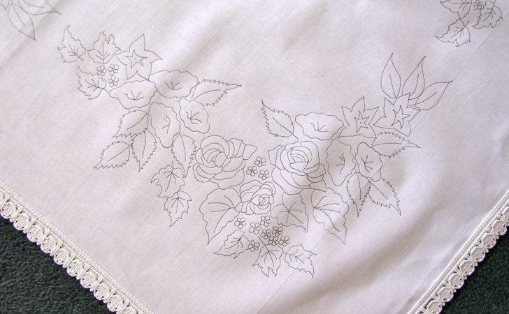Printed Tablecloth Embroider Flowers Manger Lace