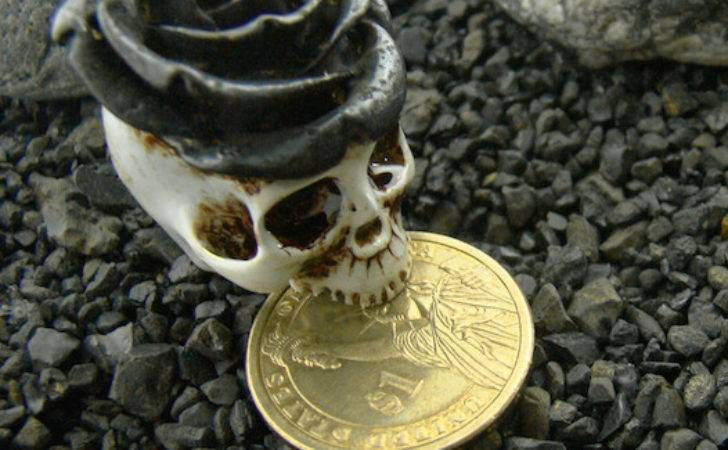 Realistic King Rose Crown Skull Ring Brass Hand Painting