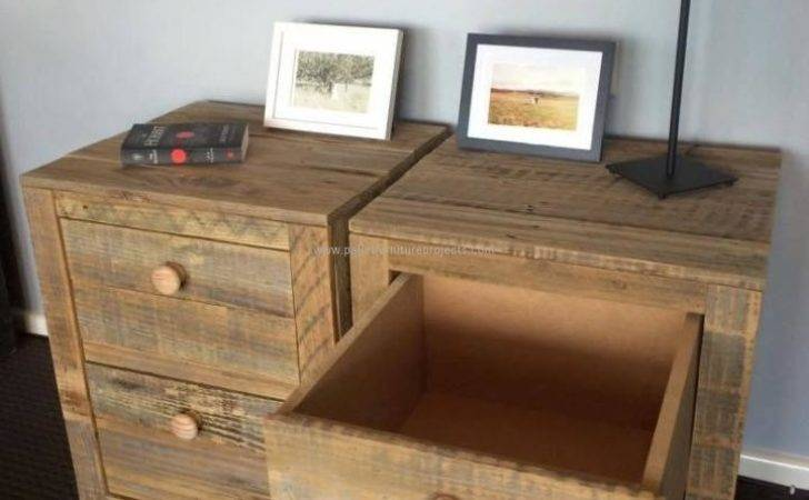 Recycled Pallet Entrance Tables Furniture Projects