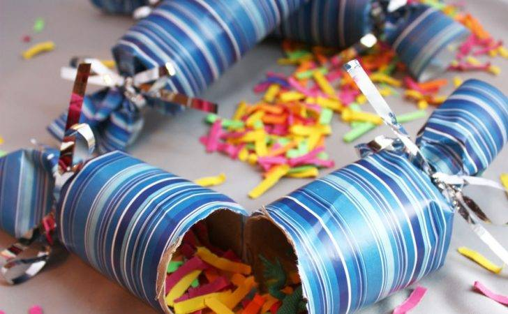 Repeat Crafter New Year Poppers