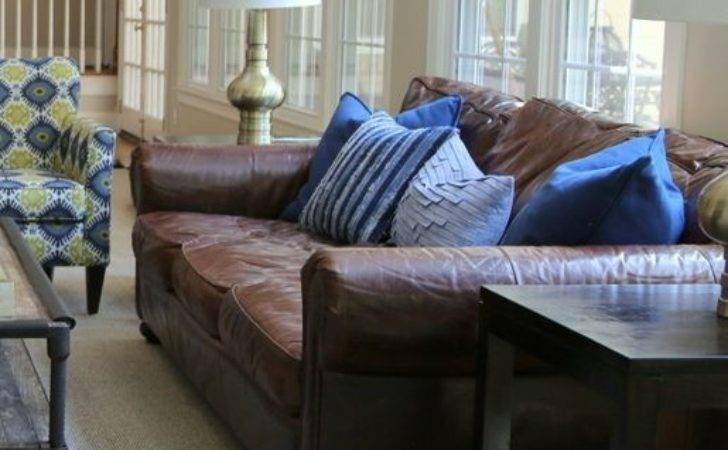 Right Pillows Leather Sofa