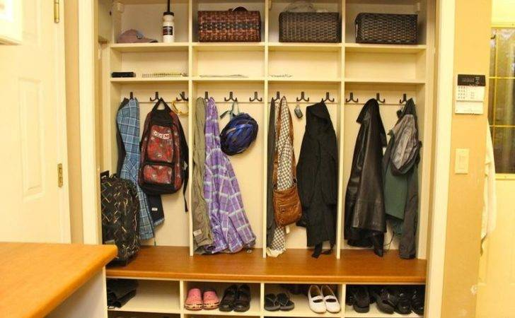 Right Style Design Coat Cubby Storage Your