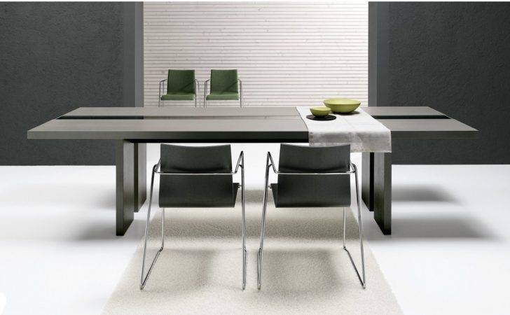 Ritz Modern Dining Table