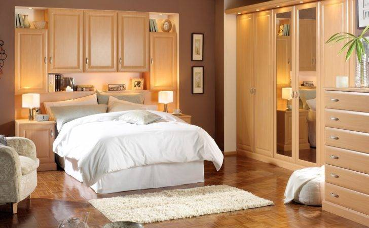 Romantic Bedroom Decorating Back Home