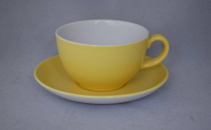 Royal Doulton Capital Large Yellow Breakfast Cup