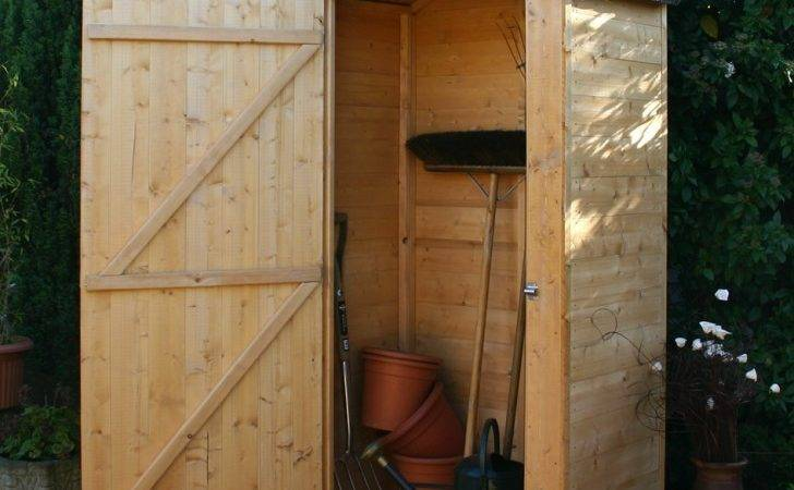 Rustic Style Outdoor Storage Windsor Wooden Sentry