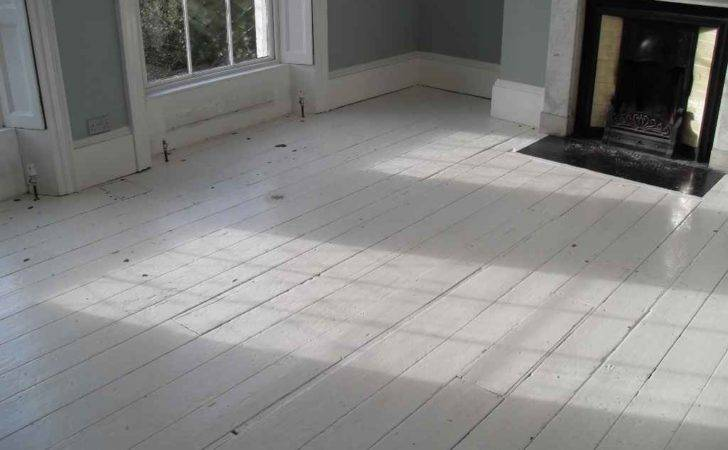 Ses Raisons White Wood Floors