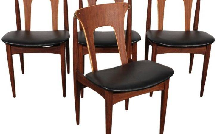 Set Unique Danish Mid Century Dining Chairs Stdibs