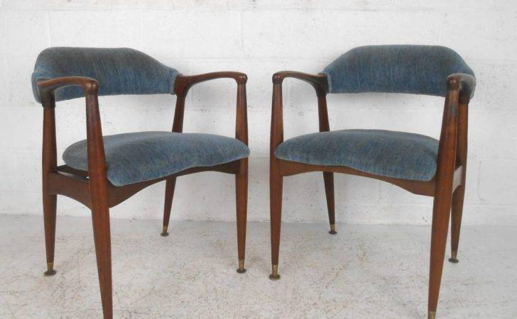Set Unique Mid Century Modern Walnut Dining Chairs
