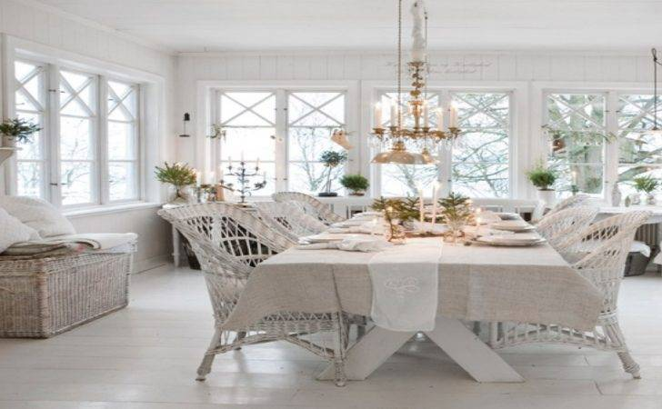 Shabby Chic Counter Table Decorating Ideas