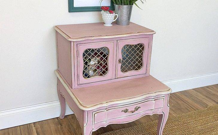 Shabby Chic Inspirational Bedroom Furniture