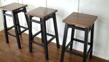 Simple Bar Stool Makeover